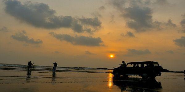 Muzhappilangad Beach -longest beach in India