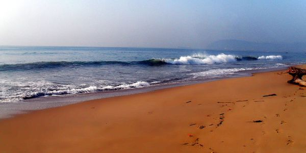 Ramakrishna beach -longest beach in India