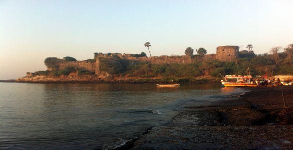 Madh Fort - Madh Island